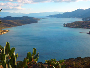 elounda-walks-347237923798