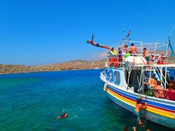 (2) Boat-Excursion-On-Crete-Holiday-Photobook