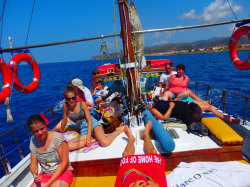 (50) Boat-Excursion-On-Crete-Holiday-Photobook