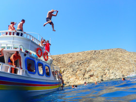Boat trips and excursions on Crete Greece (10)