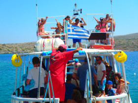 Boat trips and excursions on Crete Greece (112)