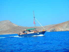 Boat trips and excursions on Crete Greece (37)