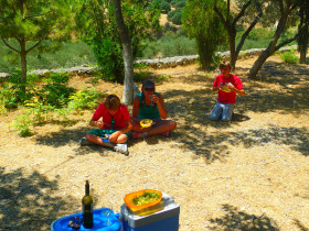Cooking courses and workshops excursions on Crete (77)