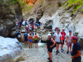 Walking and Hiking on Crete Greece (1)